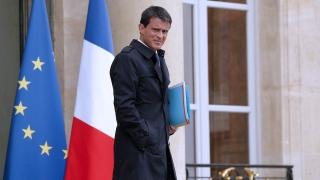 Френският премиер оцеля при вот на доверие