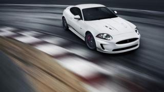 Jaguar представя подобрения XKR-S