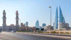 Най-малката страна в Близкия изток се спаси от фалит с $10 милиарда от съседите си