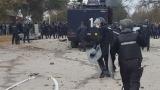 Размирици в бежанския център в Харманли, Борисов пристигна на място