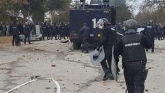 Гумени куршуми срещу бежанците в Харманли