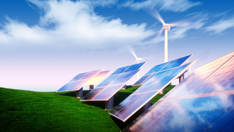 Петролните гиганти гледат все повече към чистата енергия