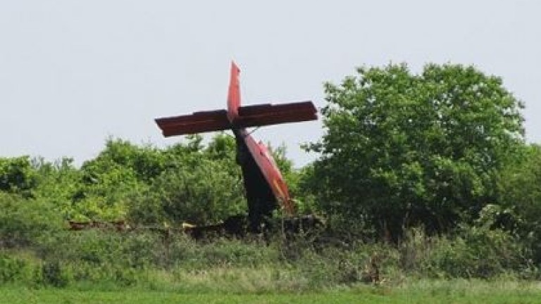 Двуместен самолет Cirrus SR22 се разби на летище Балчик