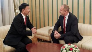 Радев иска засилване на инвестициите между България и Китай