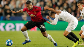 Антонио Валенсия приключи с Манчестър Юнайтед