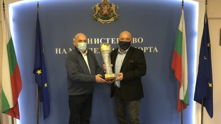 ММС и Община Сливен финансират нова боксова зала в града