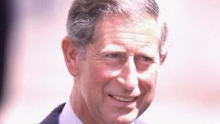 Принц Чарлс иска да се прекръсти на Джордж VII