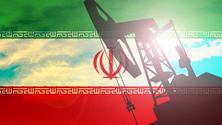 Иран: Ще използваме всяка възможност да изнасяме петрола си