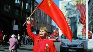 """Повече от половината руснаци определят Сталин за """"мъдър вожд"""""""