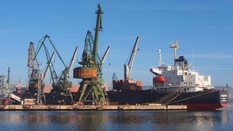 Износът на България за ЕС намалява с над 20% през април