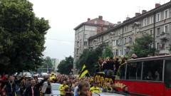 Феновете на Ботев закопчани от полицията в Македония