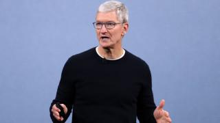 Тим Кук получи $750 милиона от Apple