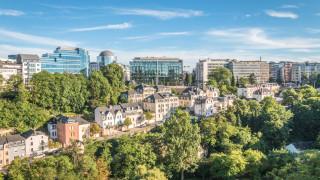 Новият европейски дом, който иска да приеме напускащите Лондонското сити...