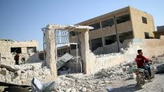 Руските и сирийските военни прогониха 235 000 души от Идлиб за 2 седмици