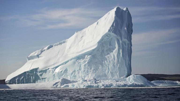 Кейптаун може да се спаси от сушата... като си докара огромен айсберг