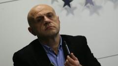 Томислав Дончев: В политиката трябва да има емоции и чувство