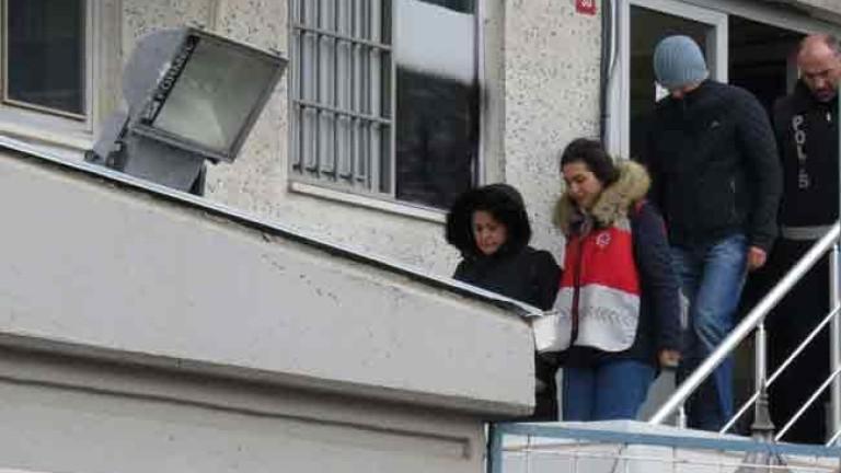 Арести в Истанбул за срутилата се сграда