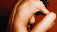 Летисия Каста плаче след интервютата в Кан