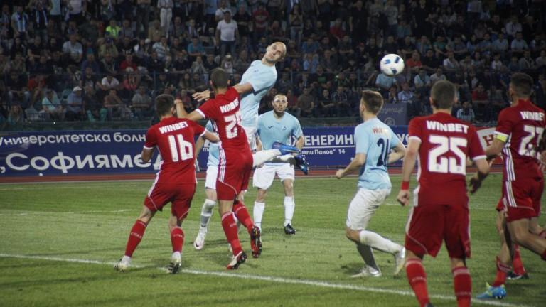 Отлагат Дунав - ЦСКА?