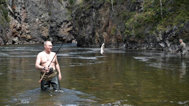 Задъхва ли се сторителингът на Путин?