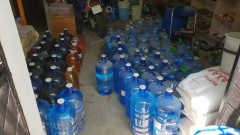 Откриха близо тон и половина нелегален алкохол в Аксоково