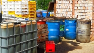 Провериха 60 обекта за търговия и производство на алкохол и горива