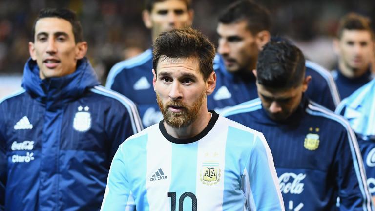 Лео Меси се завръща в националния отбор на Аржентина