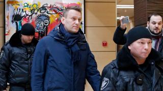 Навални осъден на 15 дни затвор и глобен с 20 хил. рубли