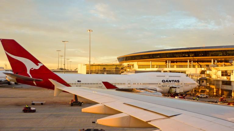 Една от най-старите авиокомпании в света празнува своята 100-годишнина