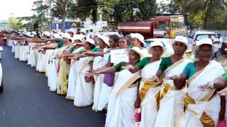 За първи път жени влязоха в древен храм в Индия