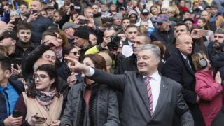 Зеленски не се яви на дебата с Порошенко