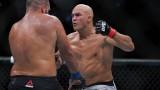 """В UFC се чудят на """"твърдоглавия"""" Благой Иванов: Той просто не пада на пода!"""