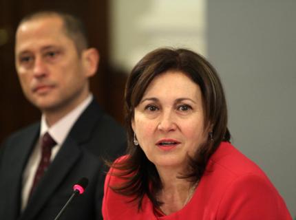 Трактовката на Бъчварова: Оставката на Вучков - натиск към премиера