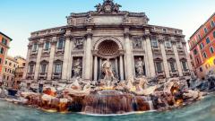 """Кметът на Рим слага ръка на монетите от фонтана """"Ди Треви"""""""