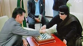 Кадафи готов да разговаря с НАТО