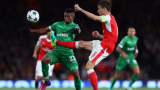 Арсенал няма да тренира в София