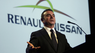 Карлос Гон вече не е начело на Renault. Сменя го шефът на Michelin