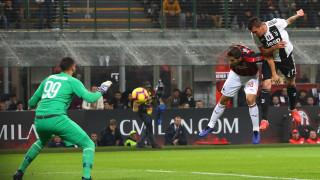 Трансферът на Манджукич в Юнайтед все още не е възможен