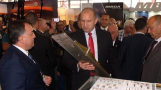 Борисов да оползотвори срещата си с Путин, зове Радев