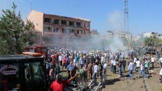 12 загинали и 300 ранени при атаките в Турция