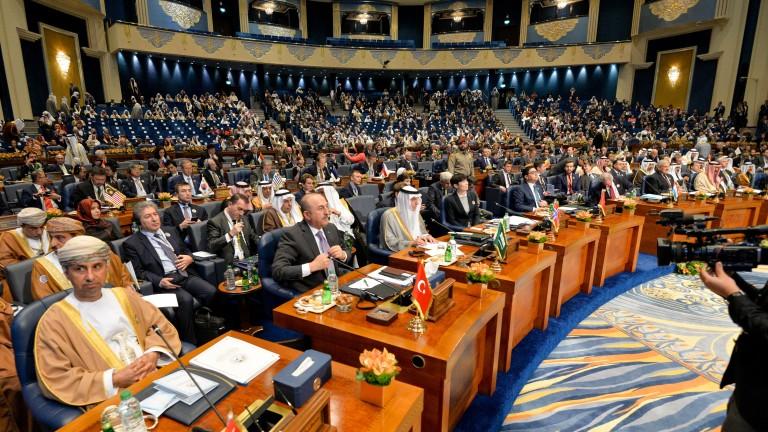 Държави обещаха да отпуснат общо $30 млрд. за възстановяването на Ирак