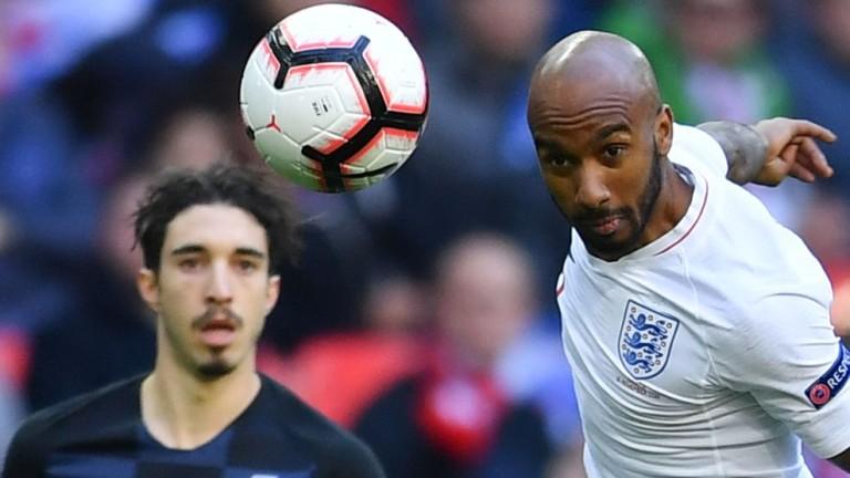 Полузащитникът на английския национален отбор Фабиан Делф изрази задоволството си