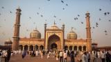 Паричната криза в Индия удари икономическия растеж на страната