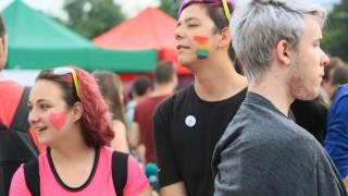Организаторите отлагат гей парада в София