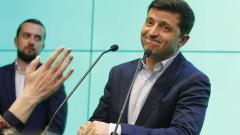 Зеленски върви по стъпките на Порошенко за НАТО и ЕС