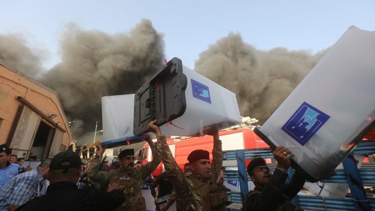 В Багдад горя склад с бюлетини