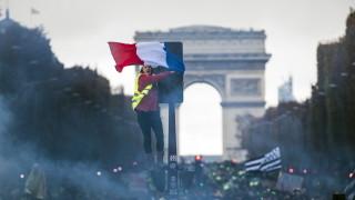 """Френските власти ще разговарят с """"жълтите жилетки"""""""