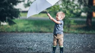 В очакване на краткотраен дъжд в западната част на страната