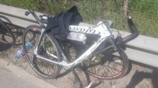 """2 предпазни конуса и тел едва не убиват велосипедисти на АМ """"Тракия"""""""
