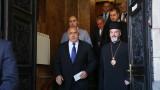 Борисов увеличава заплатите и на свещениците, както на учителите